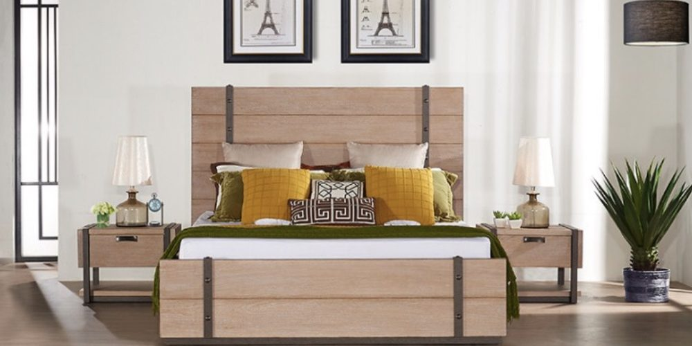 Wood color Bedroom