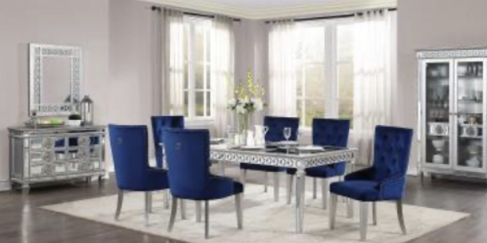 Mirror dining room/blue chair