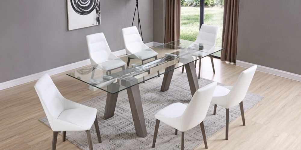 Extandable Dining room
